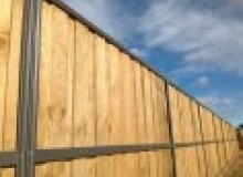 Kwikfynd Lap and Cap Timber Fencing windsorsa